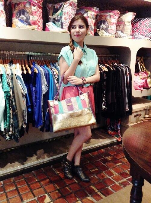 mint-shirt-pink-skirt-bag-summer2015