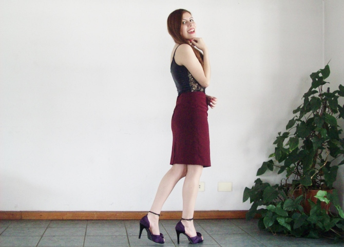 valentine-outfit-sexy-lace-burgundy-streetstyle-blogger04