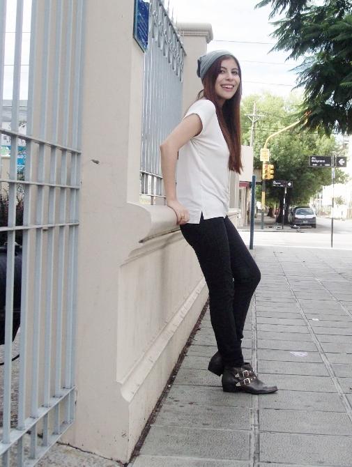 white-tee-beanie-ankle-booties-boho-rocker-boyish-07