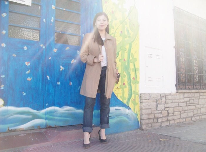 camel-trench-basics-wardrobe-essentials-streetstyle-06
