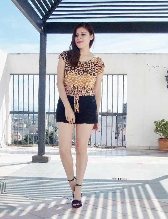 leopard-print-streetstyle-shorts-summer2015-highheeled-sandals02
