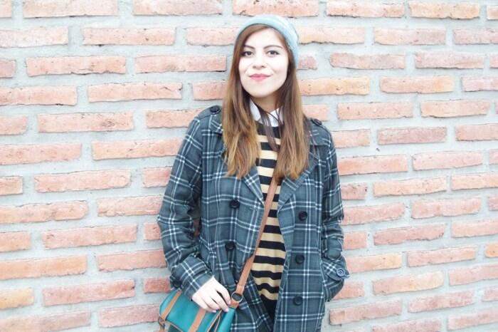 grey-plaid-coat-striped-sweater-pattern-mix-fall-winter-2015-streetstyle04