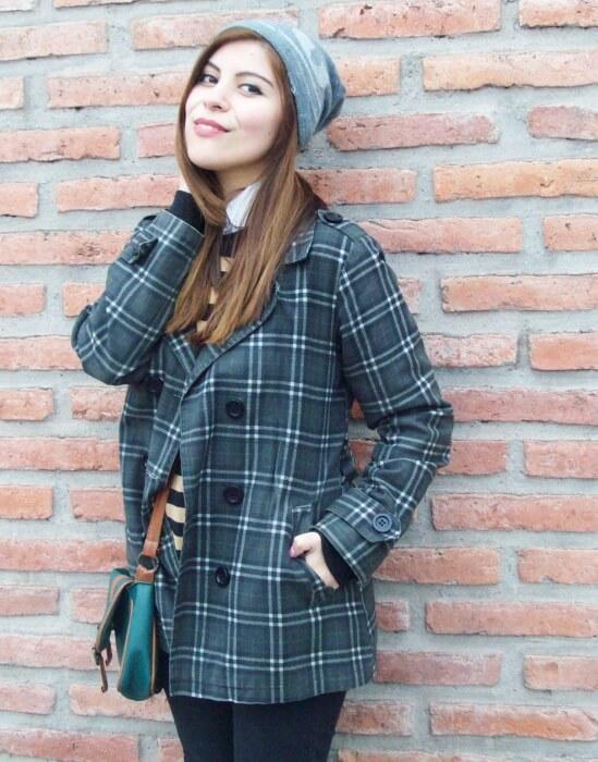 grey-plaid-coat-striped-sweater-pattern-mix-fall-winter-2015-streetstyle11