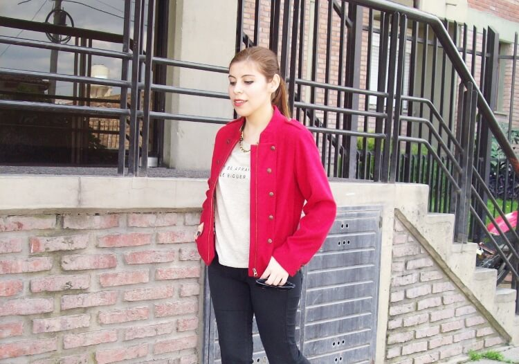red-jacket-military-inspired-streetstyle-black-skinny-jeans-stilettos07