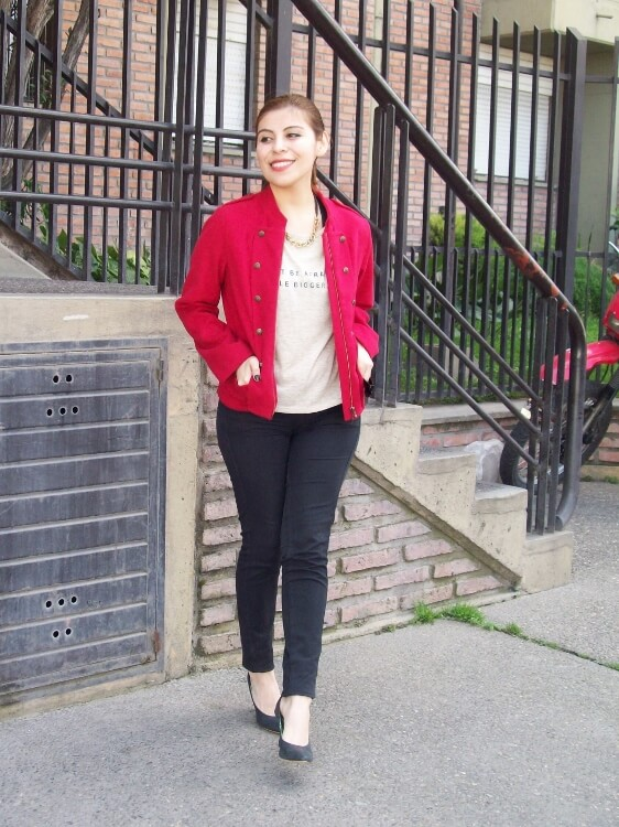red-jacket-military-inspired-streetstyle-black-skinny-jeans-stilettos11