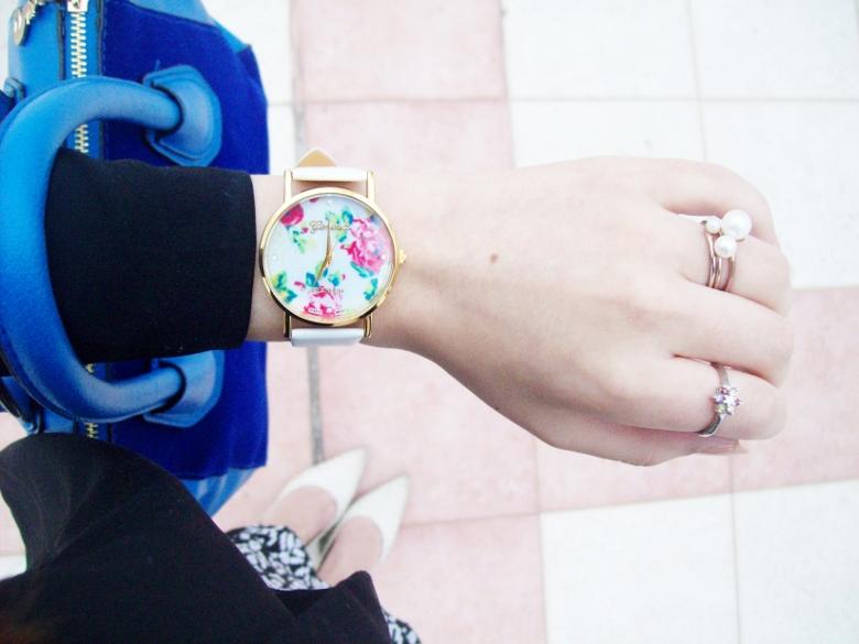 rosegal-cobalt-tote-bag-floral-watch-patterned-pencil-skirt-pr-friendly-fashion-blogger-stylebydeb-deborah-ferrero-streetstyle17