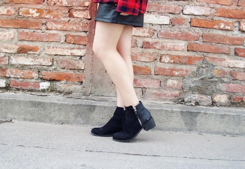 tartan-plaid-shirt-leather-mini-skirt-black-turtleneck-fall2015-ankle-boots09