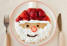 09 - christmas pancake - popsugar