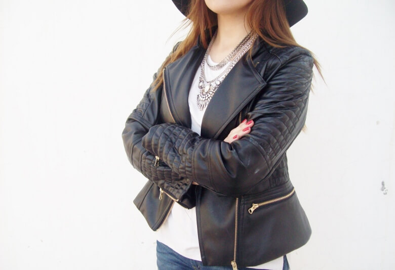 zaful-fedora-hat-faux-leather-biker-jacket-western-style-cowgirl-boho-trend14