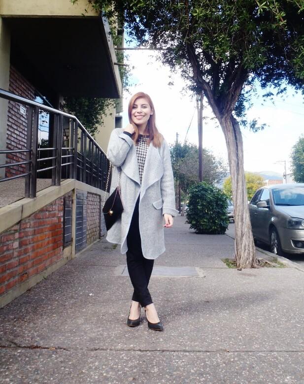 grey-romwe-coat-newchic-faux-leather-clutch-deborah-ferrero-style-by-deb04