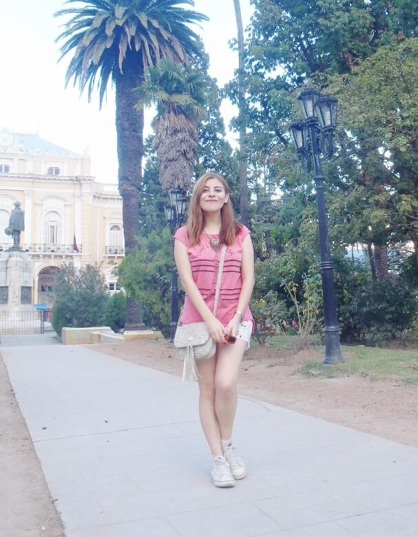 pink-sleevless-tshirt-tee-stylebydeb-deborah-ferrero-salta-white-shorts-converse-senakers-for-summer-teen-fashion-summer2016trends-tendencias-verano12