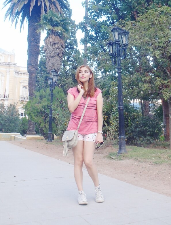 pink-sleevless-tshirt-tee-stylebydeb-deborah-ferrero-salta-white-shorts-converse-senakers-for-summer-teen-fashion-summer2016trends-tendencias-verano13