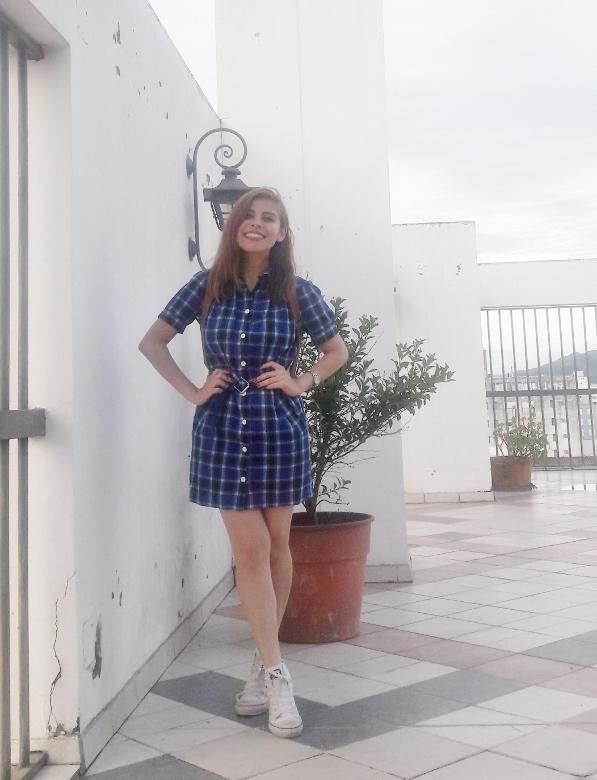 shirt-dress-blue-plaid-tartan-white-converse-fall2016trends-deborah-ferrero-stylebydeb02