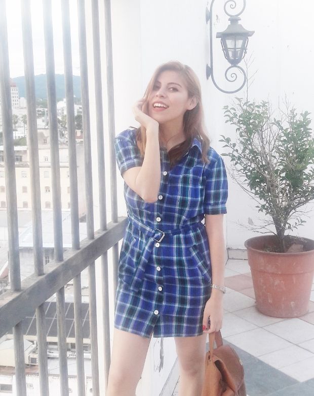 shirt-dress-blue-plaid-tartan-white-converse-fall2016trends-deborah-ferrero-stylebydeb07