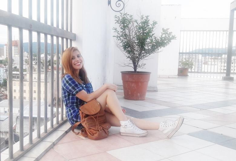 shirt-dress-blue-plaid-tartan-white-converse-fall2016trends-deborah-ferrero-stylebydeb08