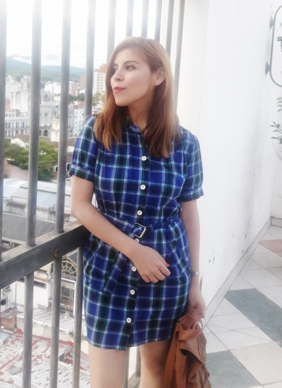 shirt-dress-blue-plaid-tartan-white-converse-fall2016trends-deborah-ferrero-stylebydeb11
