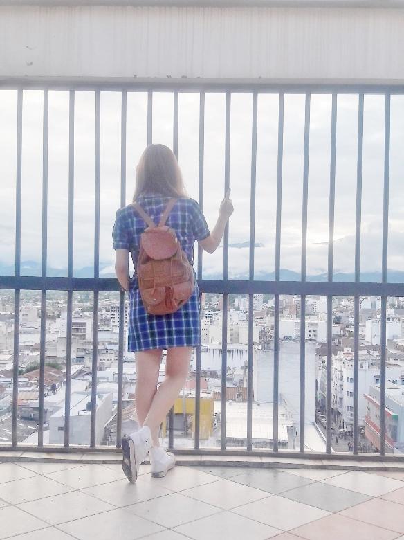 shirt-dress-blue-plaid-tartan-white-converse-fall2016trends-deborah-ferrero-stylebydeb14