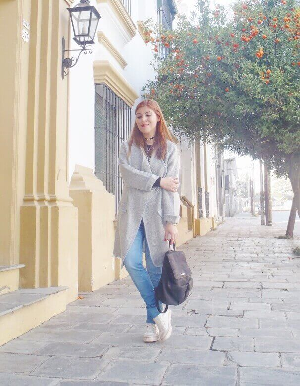 romwe gray long coat light blue jeans converse sneakers choker deborah ferrero streetstyle style by deb06