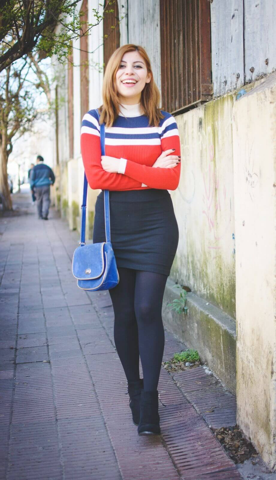 red-blue-and-white-striped-turtleneck-black-mini-skirt-tights-ankle-boots-deborah-ferrero-style-by-deb-fall-2016-trends02
