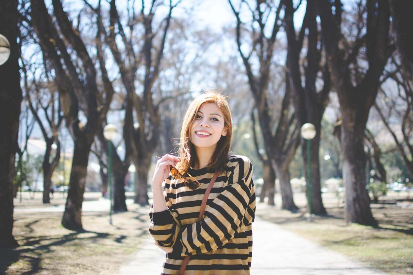 sammydress-block-heel-sandals-leopard-frame-light-brown-sammydress-sunglasses-deborah-ferrero-style-by-deb-streetstyle-salta-striped-sweater-fall2016-trends04