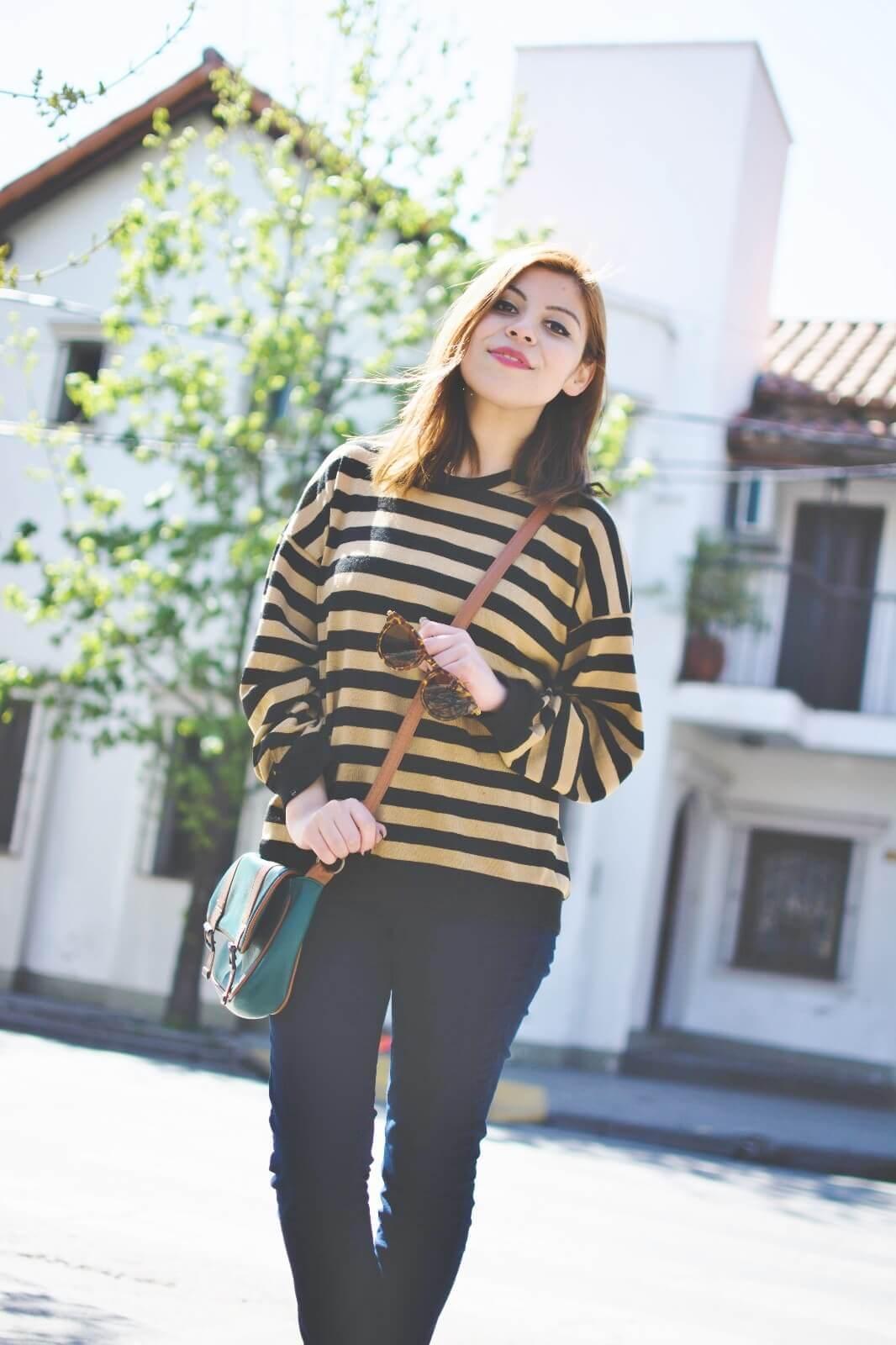 sammydress-block-heel-sandals-leopard-frame-light-brown-sammydress-sunglasses-deborah-ferrero-style-by-deb-streetstyle-salta-striped-sweater-fall2016-trends09