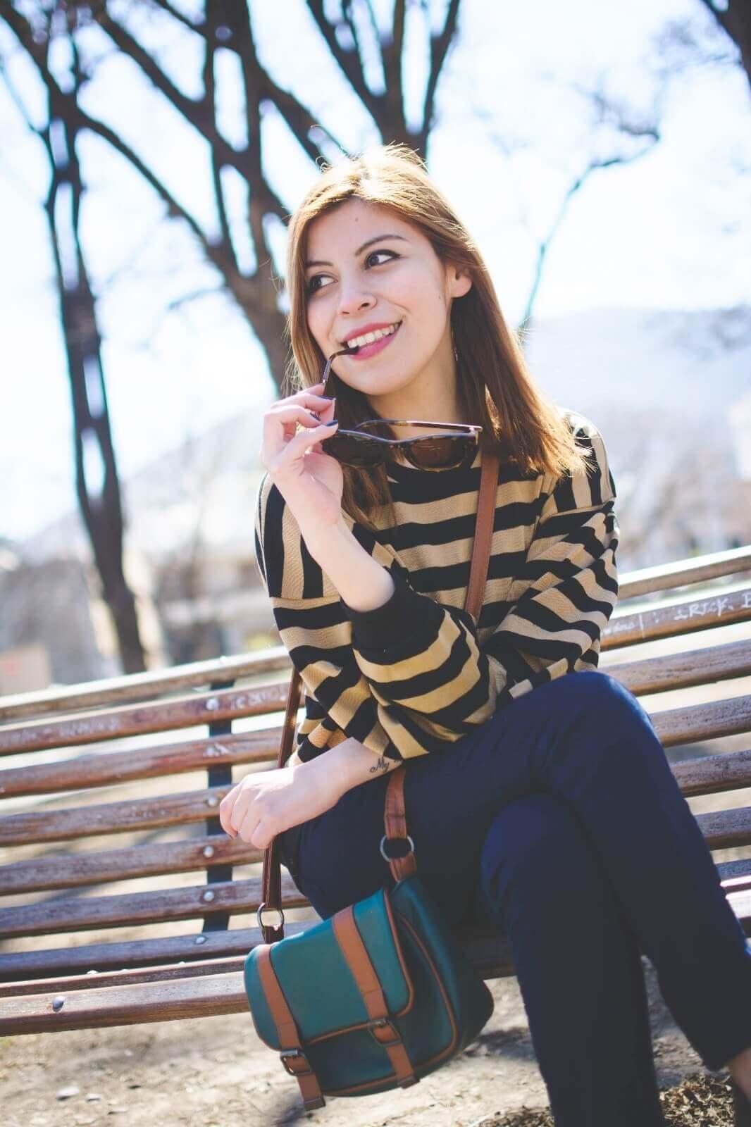 sammydress-block-heel-sandals-leopard-frame-light-brown-sammydress-sunglasses-deborah-ferrero-style-by-deb-streetstyle-salta-striped-sweater-fall2016-trends10