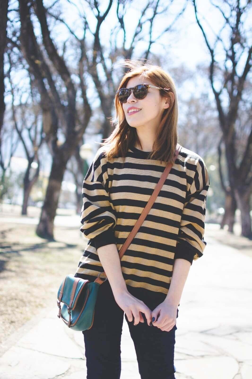 sammydress-block-heel-sandals-leopard-frame-light-brown-sammydress-sunglasses-deborah-ferrero-style-by-deb-streetstyle-salta-striped-sweater-fall2016-trends15