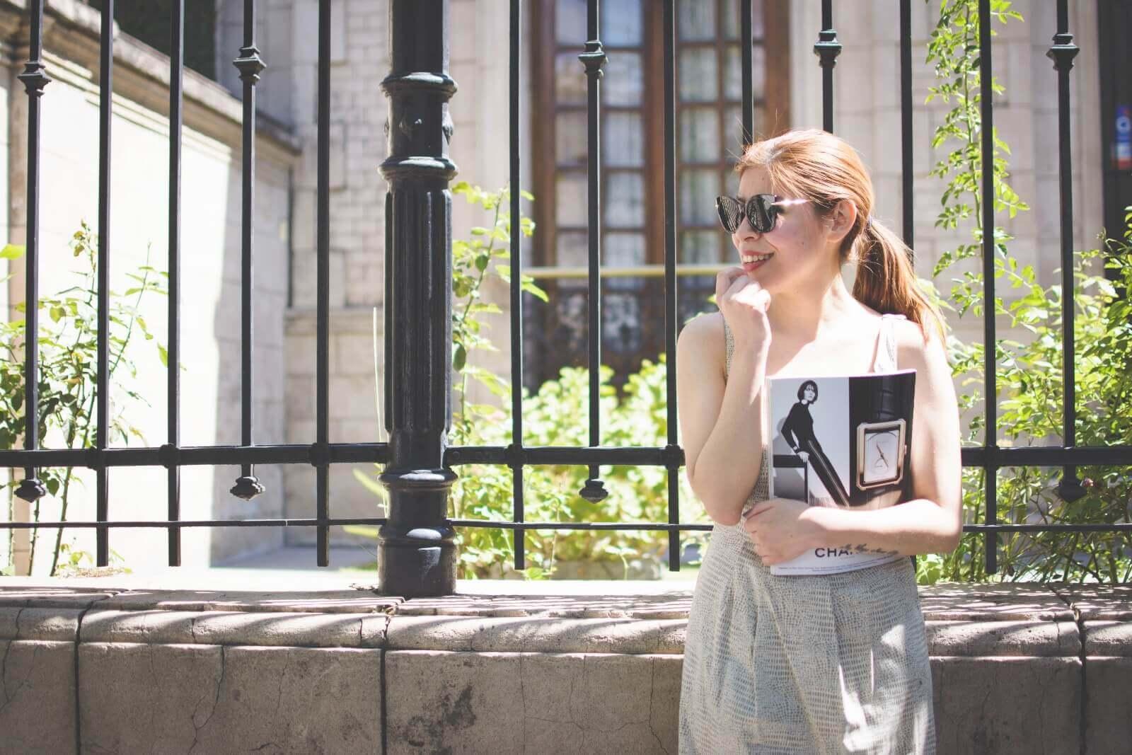 almond-white-dress-sammydress-stilettos-valentino-rockstud-imitation-deborah-ferrero-style-by-deb-ladylike04