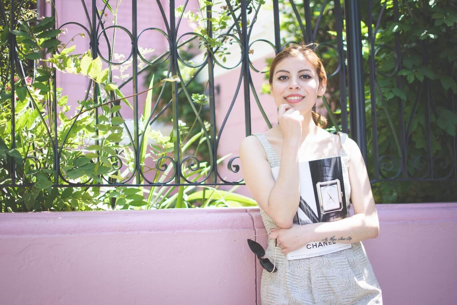 almond-white-dress-sammydress-stilettos-valentino-rockstud-imitation-deborah-ferrero-style-by-deb-ladylike10