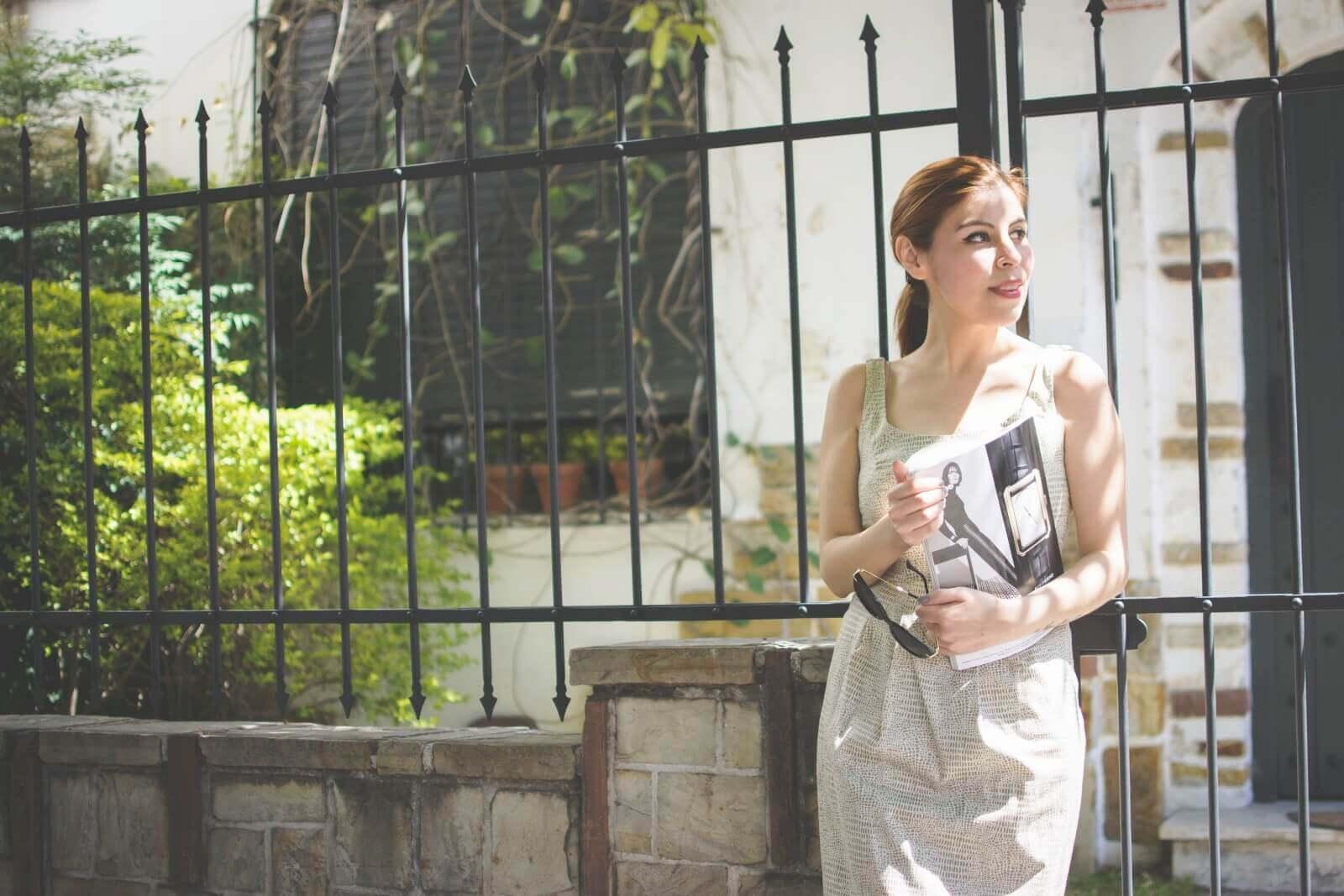 almond-white-dress-sammydress-stilettos-valentino-rockstud-imitation-deborah-ferrero-style-by-deb-ladylike14