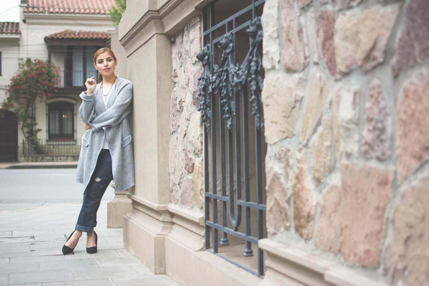romwe-grey-maxi-cardigan-oversized-coat-boyfriend-jeans-zaful-black-stilettos-deborah-ferrero-winter-2017-trends-style-by-deb09