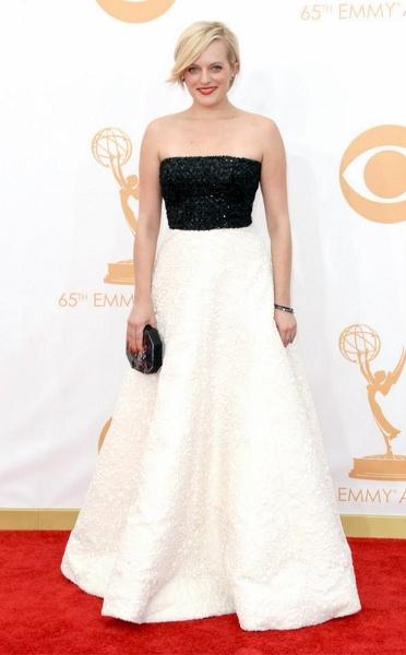 Elizabeth Moss - Andrew Gn (372x600)