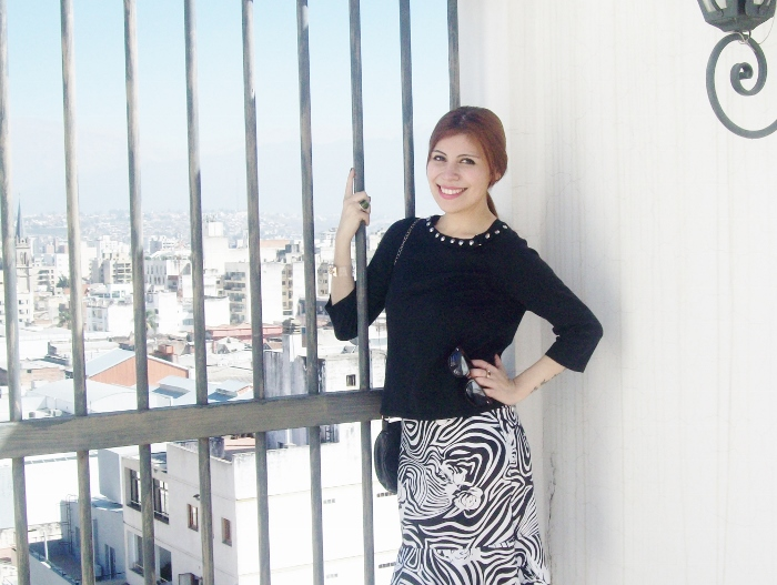 Pattern-flared-skirt-zebra-fashion-blogger-streetstyle-officewear-08