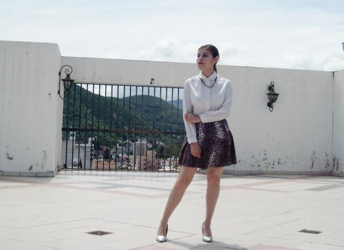 animal-print-skater-skirt-white-shirt-streetstyle-girly12