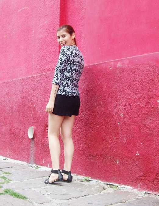 blackandwhite-printed-blouse-summer2015-streetstyle-casual11