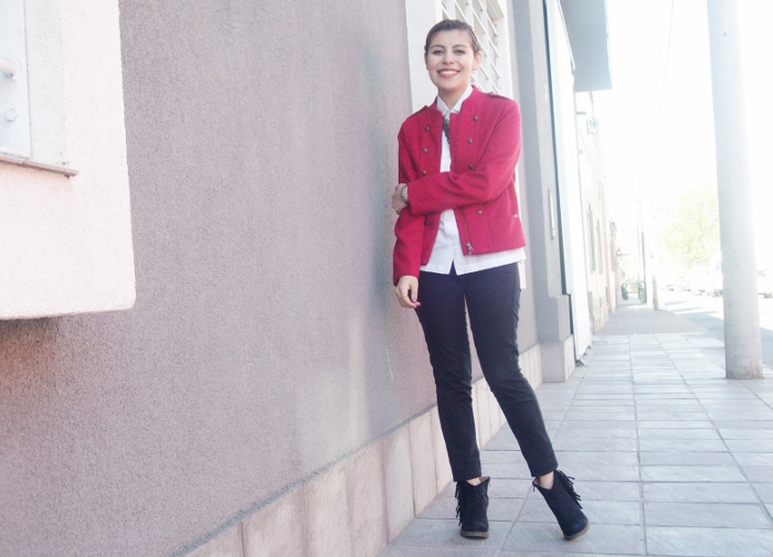 red-military-jacket-streetstyle-fallstyle07