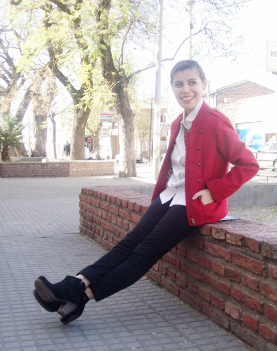 red-military-jacket-streetstyle-fallstyle11