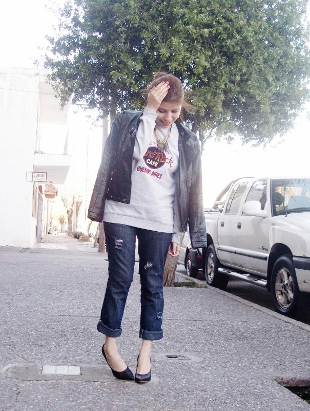 ripped-boyfriend-jeans-jumper-streetstyle-fashionblogger09