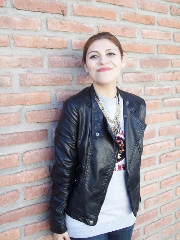ripped-boyfriend-jeans-jumper-streetstyle-fashionblogger16