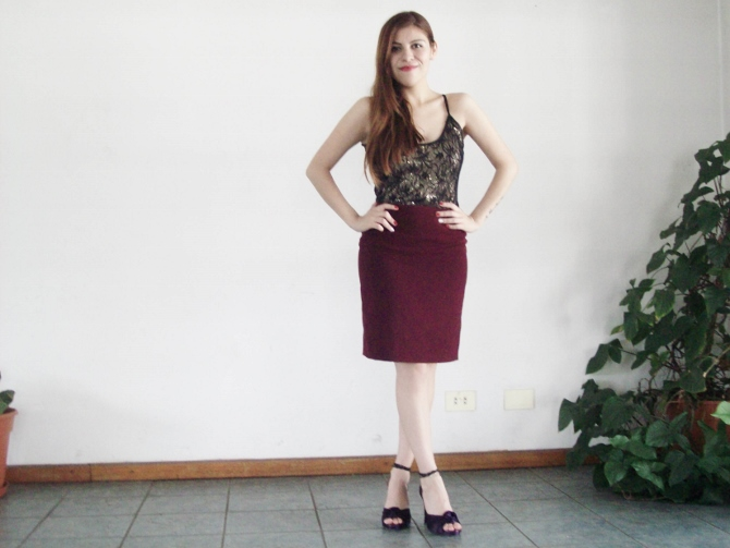 valentine-outfit-sexy-lace-burgundy-streetstyle-blogger02