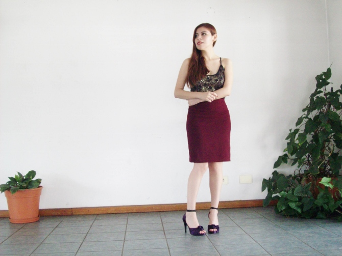 valentine-outfit-sexy-lace-burgundy-streetstyle-blogger08