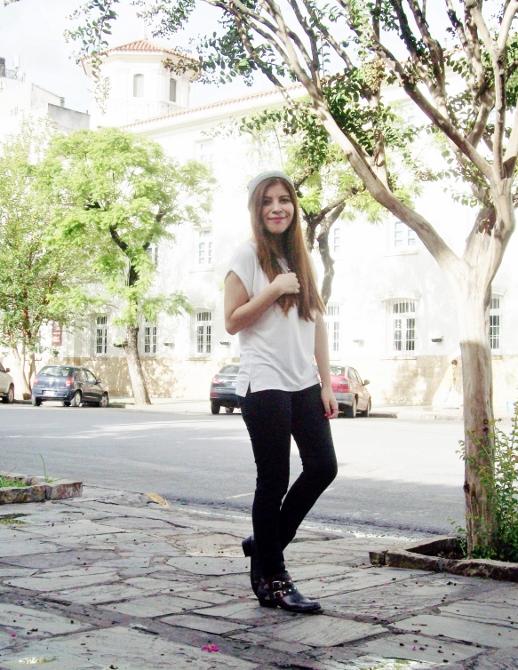 white-tee-beanie-ankle-booties-boho-rocker-boyish-04