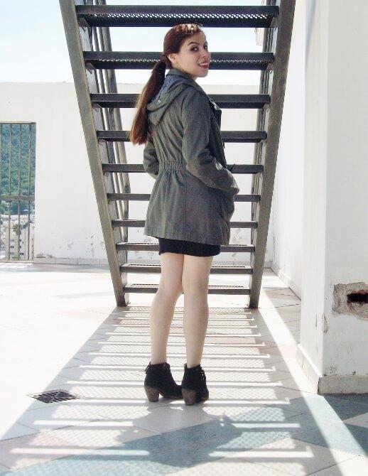parka-black-mini-booties-white-tee-streetstyle03