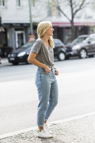 mom-jeans-outfits (333x500)
