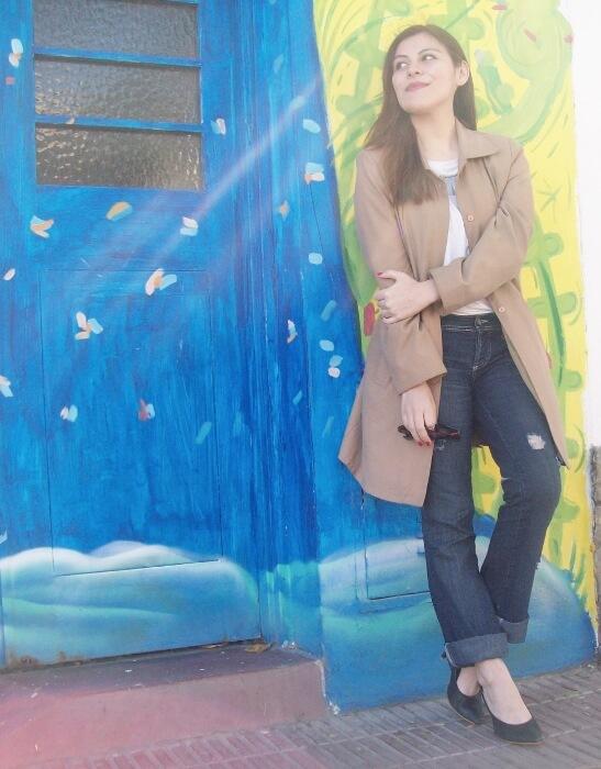 camel-trench-basics-wardrobe-essentials-streetstyle-11