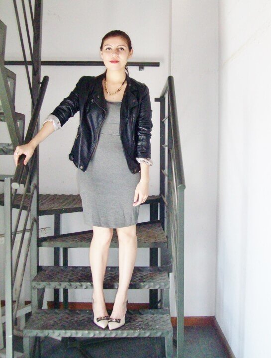 grey-dress-faux-leather-biker-jacket-bicolor-shoes-fall2015-streetstyle07