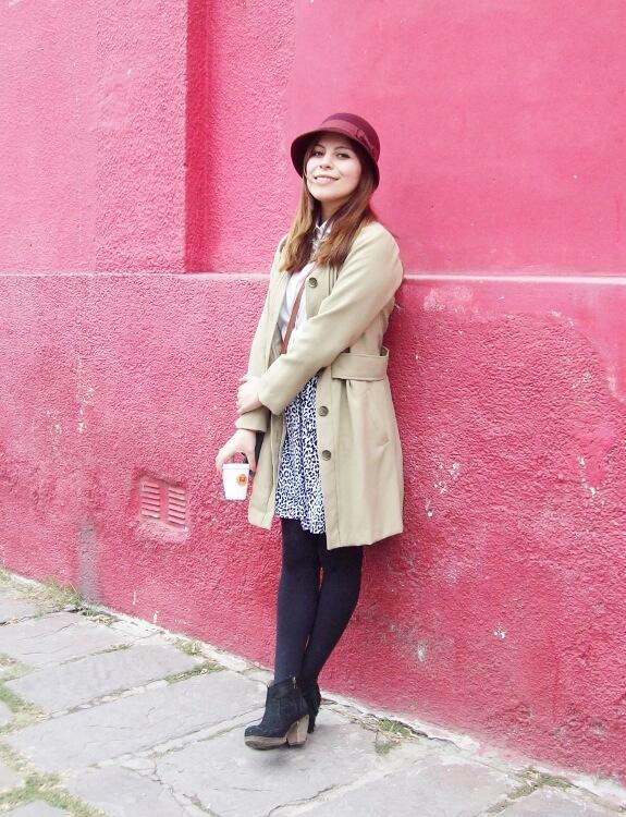 camel-coat-printed-skirt-black-tights-burgundy-cloche-hat-winter2015-streetstyle02