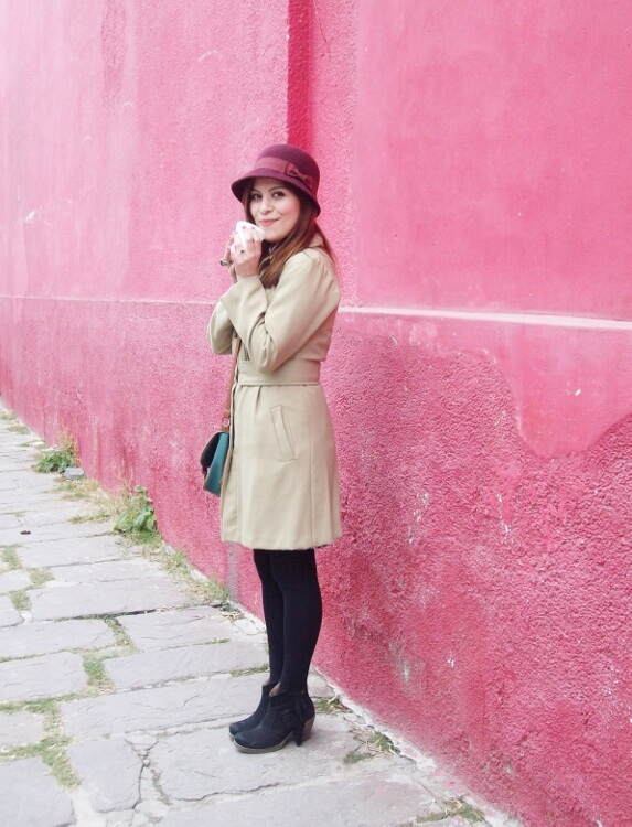 camel-coat-printed-skirt-black-tights-burgundy-cloche-hat-winter2015-streetstyle05