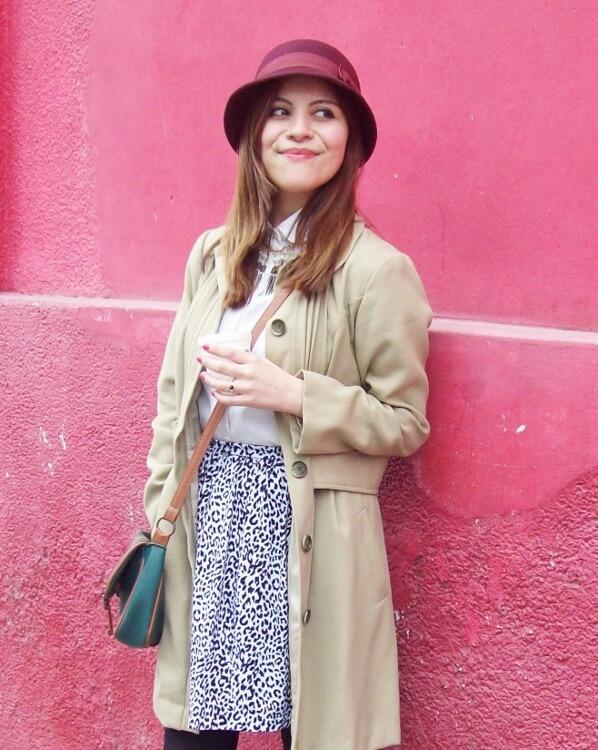 camel-coat-printed-skirt-black-tights-burgundy-cloche-hat-winter2015-streetstyle06