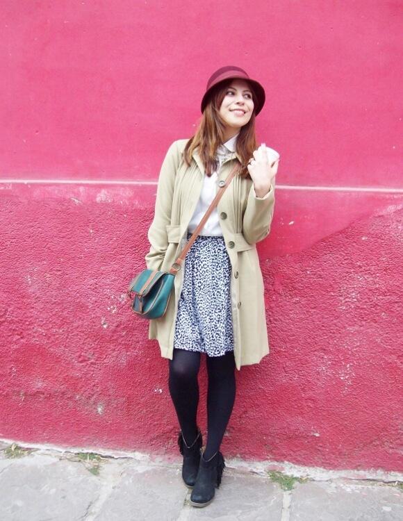 camel-coat-printed-skirt-black-tights-burgundy-cloche-hat-winter2015-streetstyle14